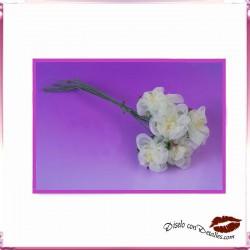 Ramillete Flores Blancas de Organza